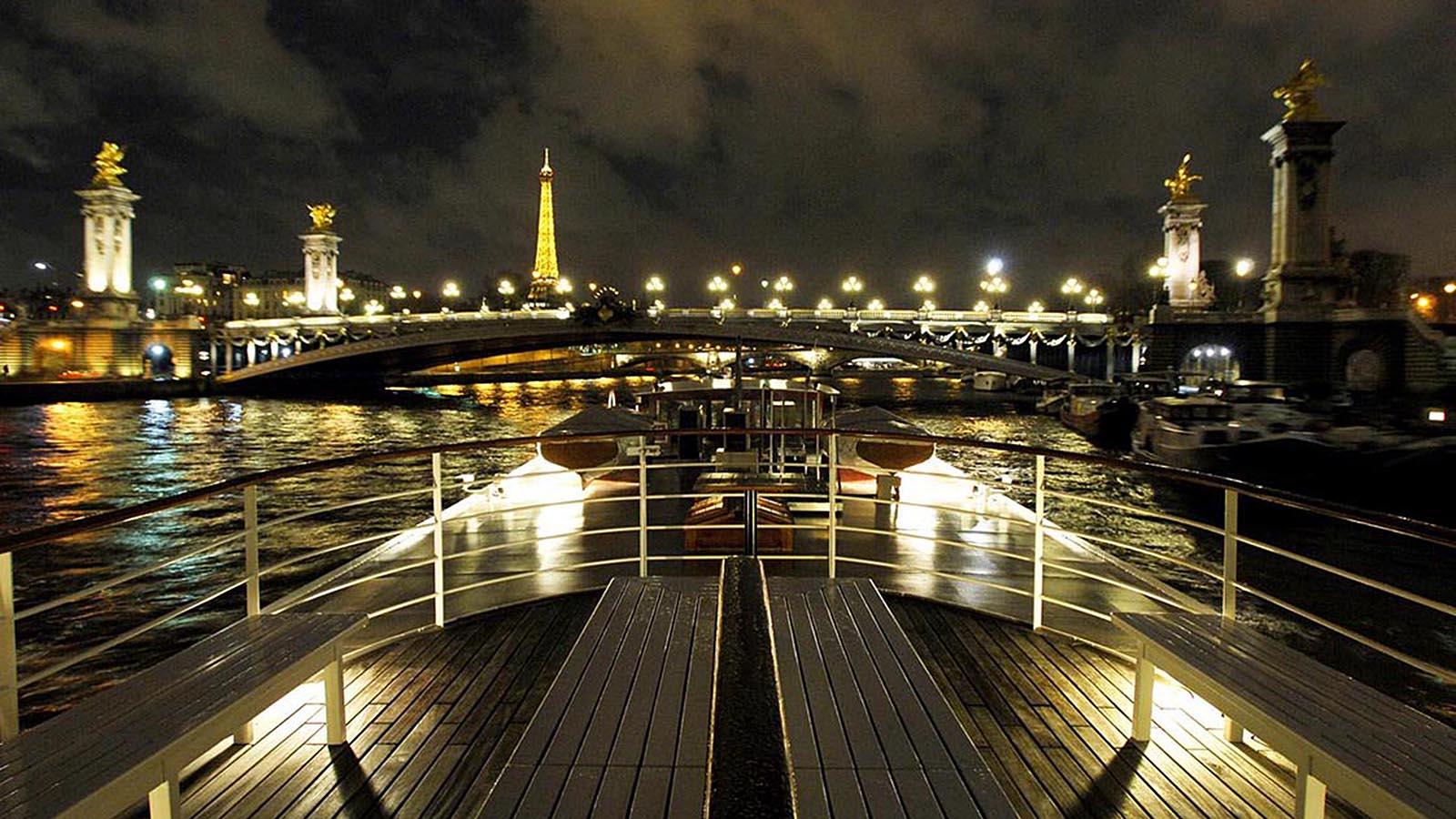 Yachts De Paris Diner Croisiere Paris