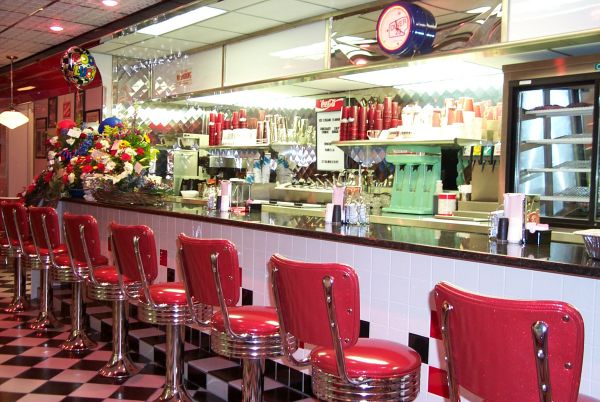 New England Fall Themed Wallpaper Diner 23 Restaurant In Waverly Ohio On Us Route 23 In