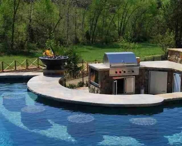 Το τέλειο Grill δίπλα στην πισίνα.