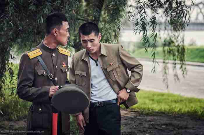 Έβγαλε αυτές τις φωτογραφίες κρυφά από τη Βόρεια Κορέα. Εικόνες που ο Κιμ δεν θέλει να δείτε