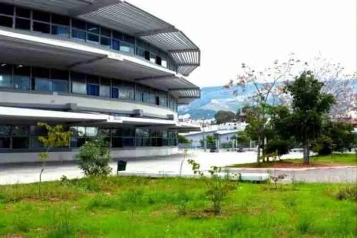 Στρογγυλό: Το μοναδικό σχολείο της Ελλάδας που έφερε το μέλλον στο παρόν, βρίσκεται στο Μπραχάμι