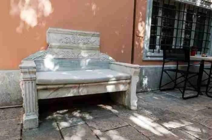 Ο πιο παλιός κήπος της Αθήνας βρίσκεται στο σπίτι του Όθωνα και της Αμαλίας. Όμορφο μυστικό στη καρδιά της πόλης
