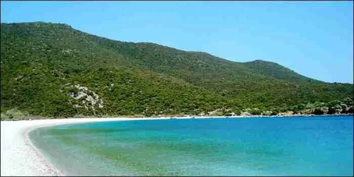 Οι 15 ωραιότερες παραλίες της Πελοποννήσου