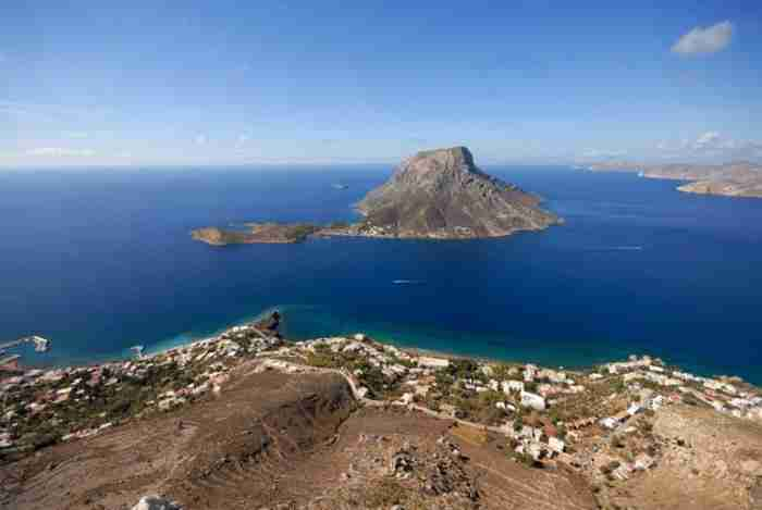 Ο μυστικός παράδεισος του Αιγαίου: Ένα νησί μιας χούφτας κατοίκων γεμάτο μύθους και ιστορίες