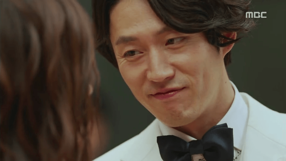 Jang Hyuk Smiling in Fated to Love You