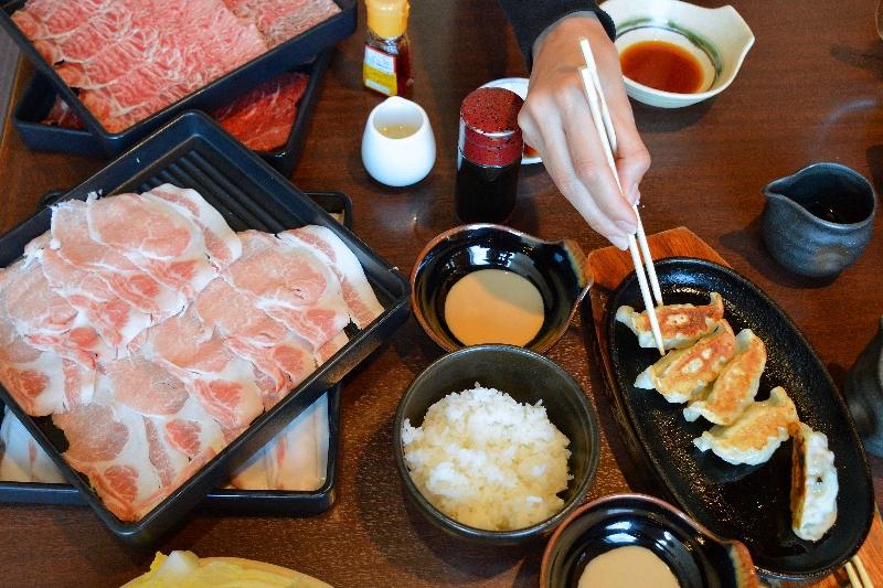 Eating in Okinawa Shabu Naha