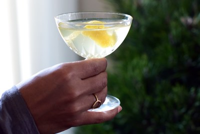Travel Drinks: Champagne Cocktail Recipe
