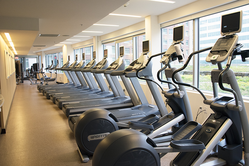 Where to stay in Arlington Renaissance Capital View Gym