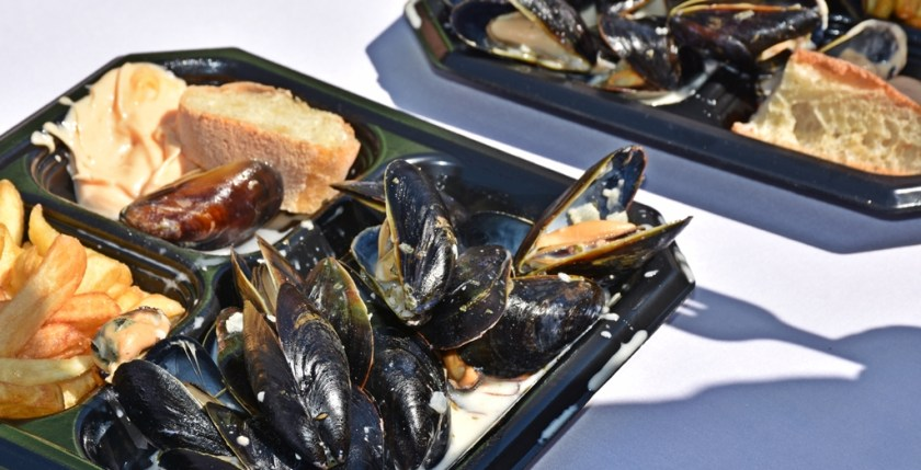 Garlic and butter mussels Need a quickie- Drop into New Orleans for 48 hours www.diningwithmimi.com