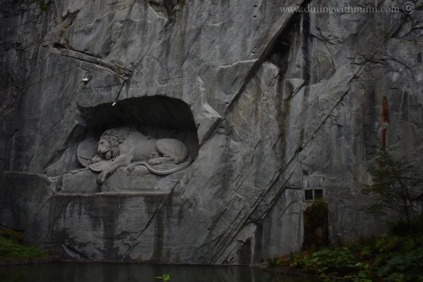 Lion Monument Luzern Lucerne How I love thee Let me Count the ways www.diningwithmimi.com