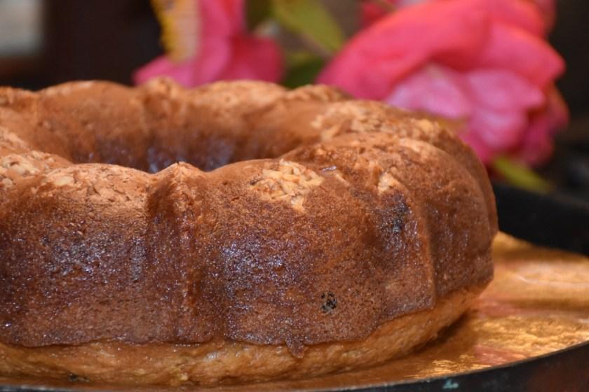 Never Fail Spirited Italian Rossa Bundt Cake www.diningwithmimi.com