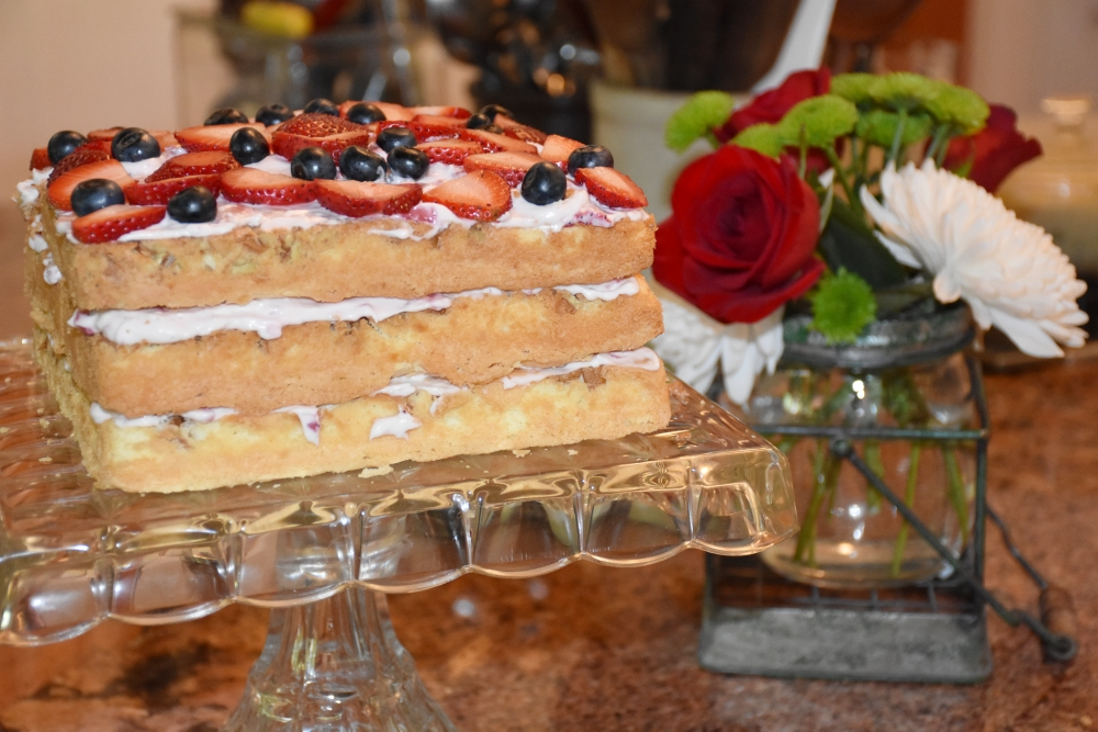 Let them eat, Berry Me Naked Cake