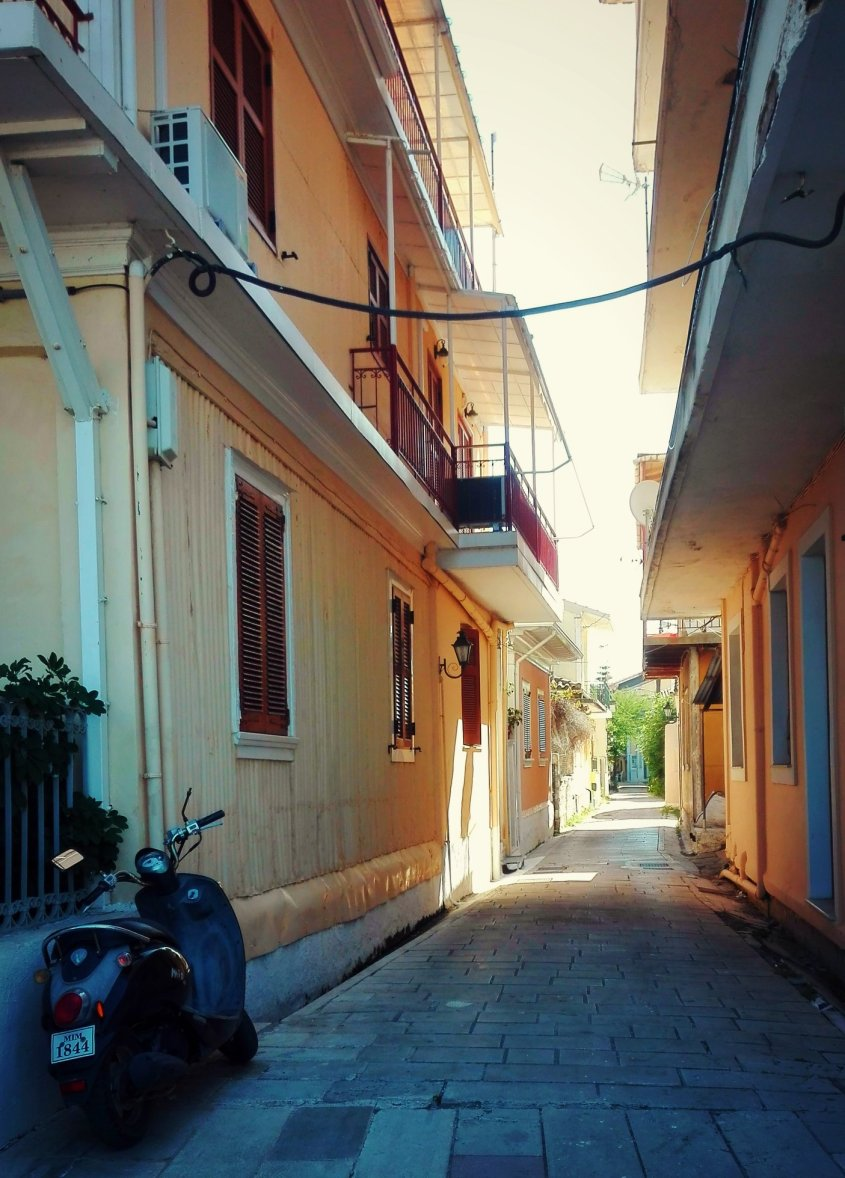 lefkada-town-31