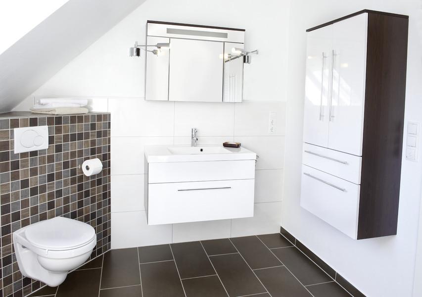 Leistungen  Haus Wohnung Badezimmer Renovieren