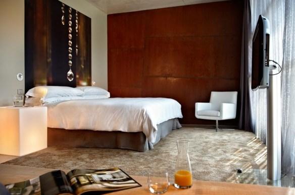 HOTEL VIURA 9