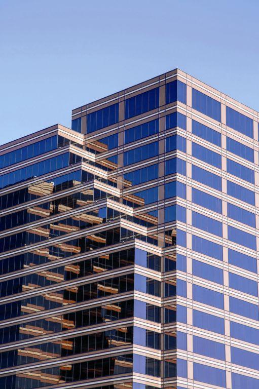 foto edificio marron
