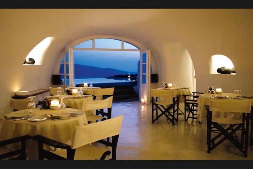 Hotel Perivolas en Oia Santorini 8