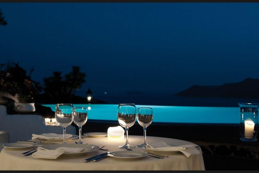Hotel Perivolas en Oia Santorini 12