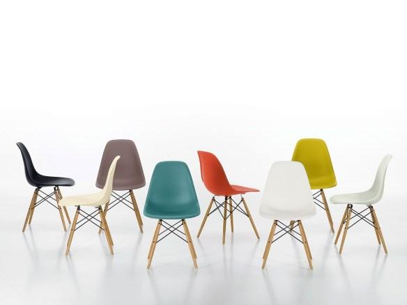 Eames DSW Plastic Chair