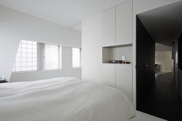 Room 407 5