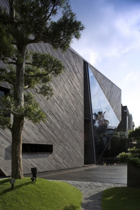 Diamond House 2