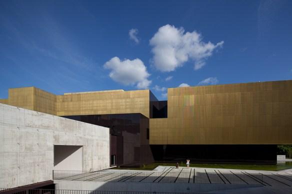 Centro Internacional para las Artes José de Guimarães 11
