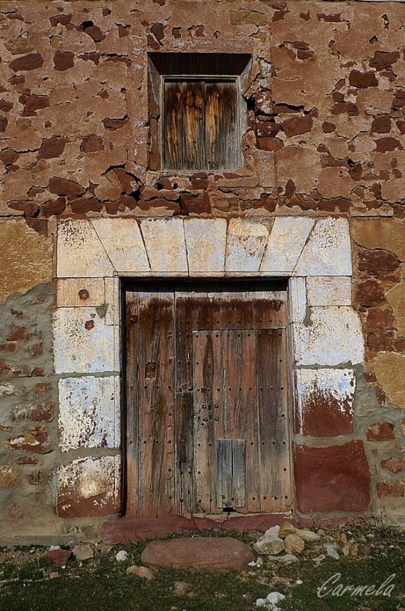 puerta-en-albarracin-campo
