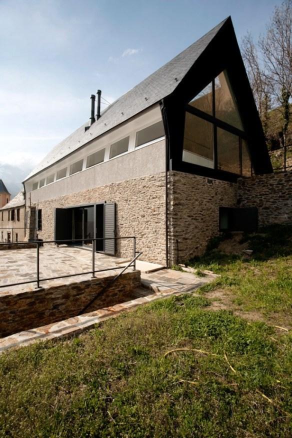 Casa en los Pirineos por Cadaval y Solà-Morales 4