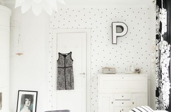 pared_de_lunares3