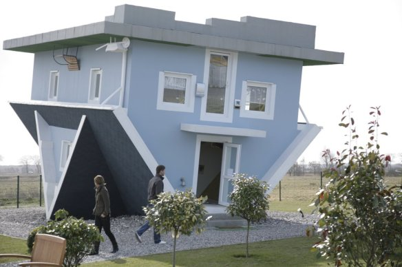 casas_originales_raras_reves