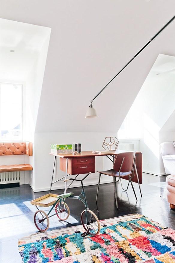 mesa_de_trabajo_en_casa