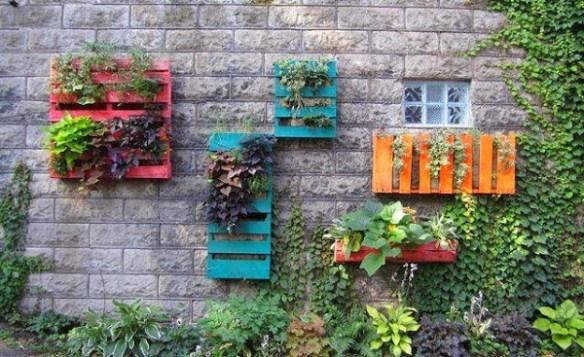 terraza con palets colores