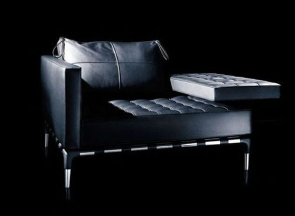 black leather seating3