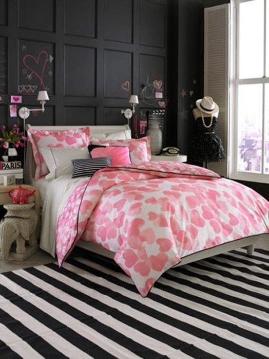 dormitorio negro y rosa