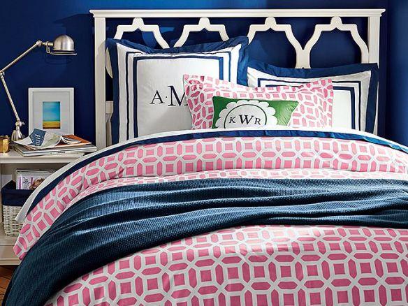 dormitorio azul y rosa
