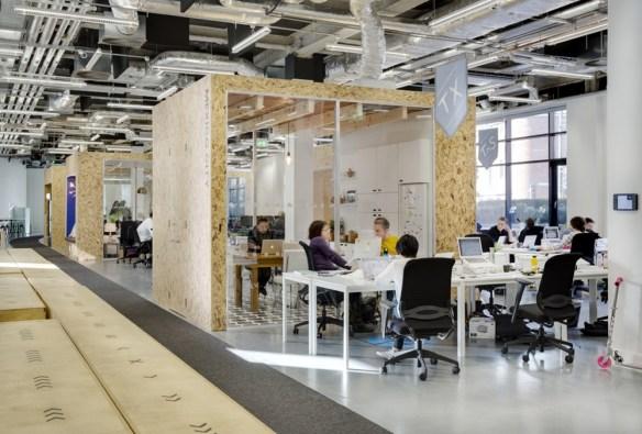 53391e30c07a806c3600029b_airbnb-s-european-operations-hub-in-dublin-heneghan-peng-architects_airbnb-dublin_edreeve-04-1000x678