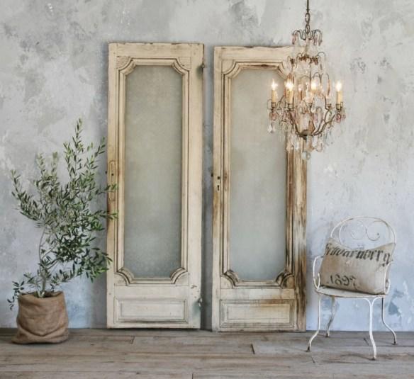 Decorar con puertas antiguas 17