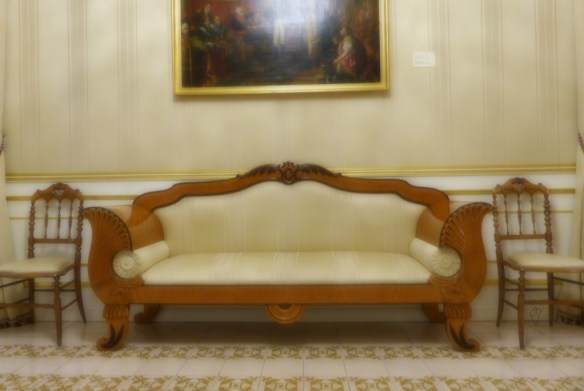 sofa y sillas