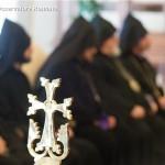 Cruz presenteada ao Papa Francisco pelo Patriarca de todos os Armênios, Karekin II, durante visita realizada em 8 de maio de 2014 - L'Osservatore Romano