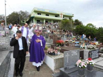 melhores-finados-blumenau-cemiterio-sao-jose-37