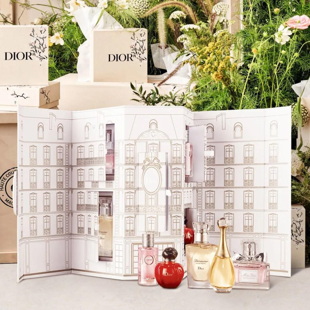 Dior - ディオール モンテーニュ コフレ (オンラインブティック数量限定品) 5種類のディオールを代表するフレグランスがセットされた、贅沢なコフレ