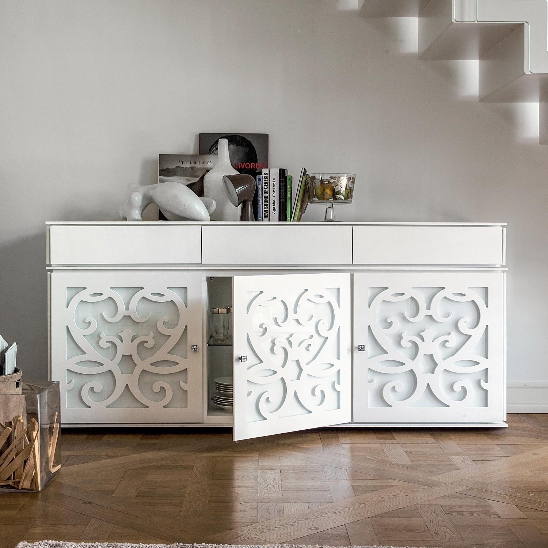 Produciamo e rivendiamo direttamente a prezzo di fabbrica mobili in stile classico moderno e contemporaneo. Idee Il Mobile Buffet Dal Classico Al Moderno Diotti Com