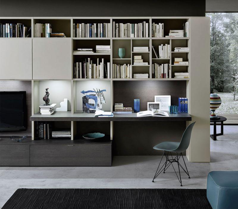 Anche la parete attrezzata può integrare scrivania, armadio,. Idee Ricavare Un Angolo Computer In Soggiorno Diotti Com