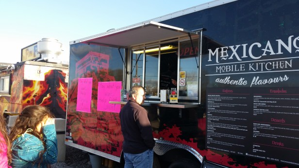 Mexicano Molbile Kitchen Food Truck