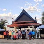 Membros do corpo diplomático da Tailândia e convidados