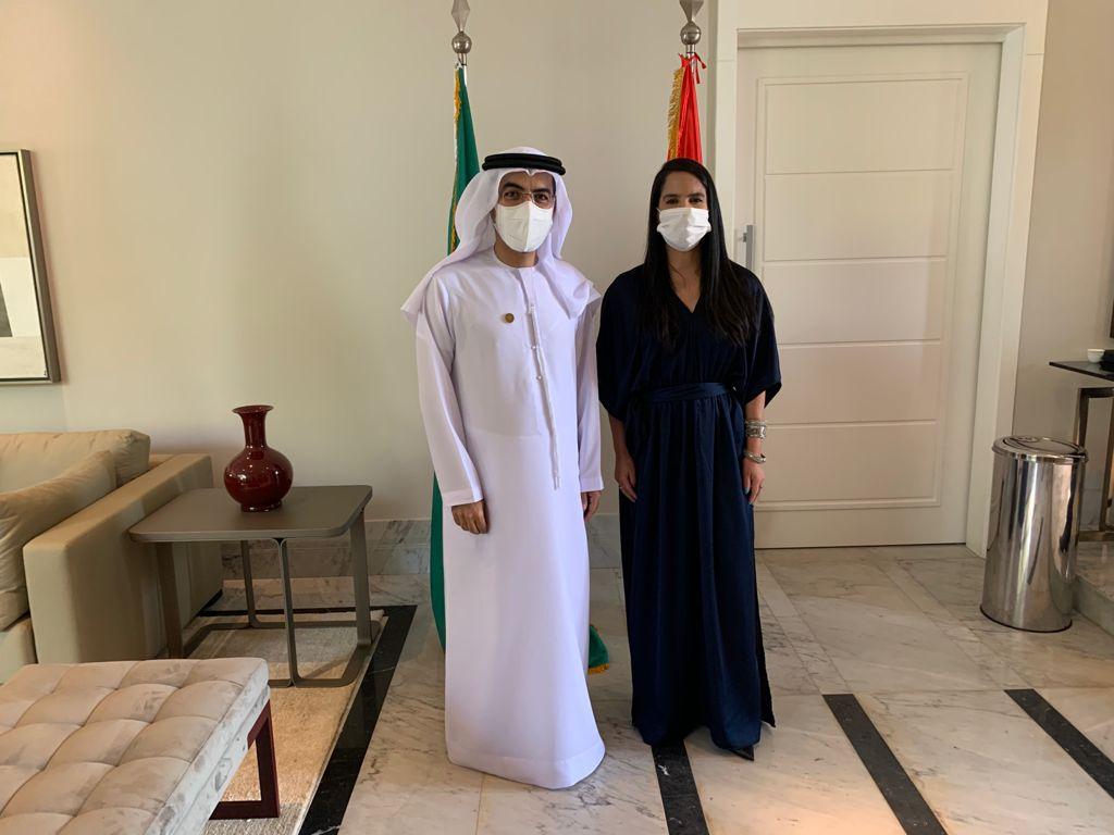 Embaixador Saleh Ahmed Alsuwaidi e Elna Souza, CEO Diplomacia Business