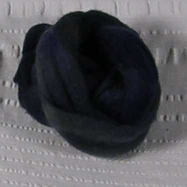 Roving, Merino, 1 oz ball, Navy feb2019