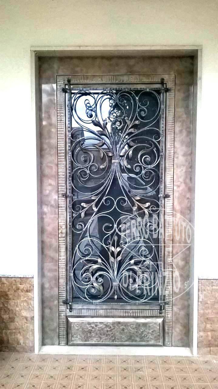 Porte in ferro battuto  cancelli in ferro battuto letti in ferro battuto