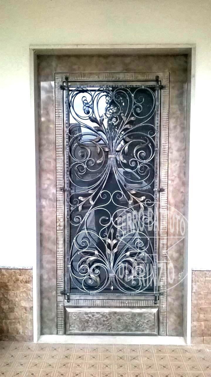 Porte in ferro battuto  cancelli in ferro battuto letti