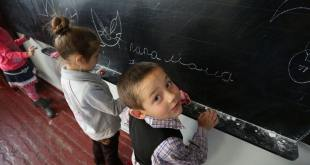 UNICEF es una de las organizaciones que trabaja para que los niños de las zonas de Ucrania en conflicto no dejen de asistir a la escuela. En la imagen, centro escolar del pueblo de Staromykhailovka, en la frontera entre las ciudades de Donetsk y Mariyanovka. Foto de archivo: UNICEF/Aleksey Filippov